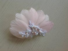 Beach Wedding Headpieces, Headpiece Wedding, Peach Blush, Kids Clothing, Baby Girls, Babys, Hair Clips, Diy Ideas, Kids Outfits