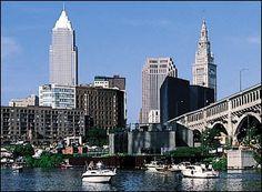 Downtown- B careful when u cross that Detroit bridge.#mycity:-)