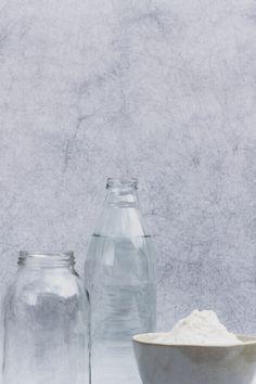 Guía detallada donde vas a encontrar cómo hacer tu cultivo de masa madre de trigo, qué necesitas, cómo conservarla.  #masamadre #sourdough #panconmasamadre #panartesanal #pan Salt, Food, Sourdough Bread, Artisan Bread, How To Make, Studio, Tutorials, Essen, Salts
