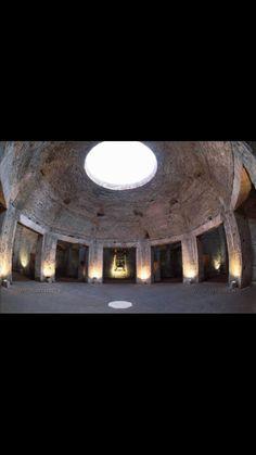 Interno della Domus aurea di Nerone