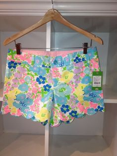 Scalloped printed Lilly shorts! Super cute!
