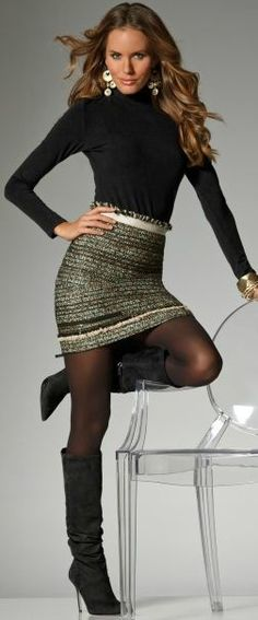 Tweed zippered mini skirt