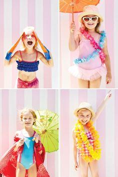 pink-flamingo-pool-party-dress-up