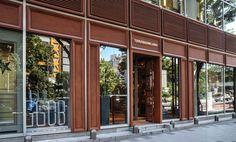 TOMORROWLAND 渋谷店 Shop Interior Design, Retail Design, Store Design, Retail Facade, Shop Facade, Facade Design, Exterior Design, Michael Myers, American Cafe