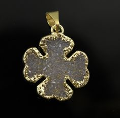 Dazzling Druzy 4 Leaf Clover Pendant , Single Bail Gold Electroplated Edge, 20x20mm, A+ Gorgeous Quality, 1 Piece (DZY/CLV/117) by Beadspoint on Etsy