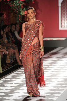 Anita Dongre | India Couture Week 2016 #PM #indiancouture #AnitaDongreICW2016