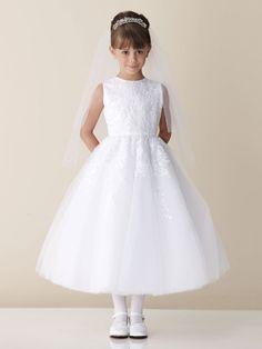 Para mim vestido de daminha tem que ser assim, simples e lindo!