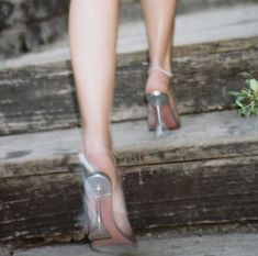 Ballet Shoes, Dance Shoes, Head Over Heels, High Heels, Lifestyle, Fashion, Ballet Flats, Dancing Shoes, Moda