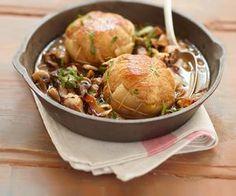 Découvrez cette recette simple des paupiettes de veau aux champignons, signée Cyril Lignac.