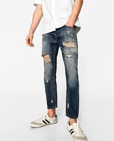 Image 2 of CARROT FIT JEANS from Zara