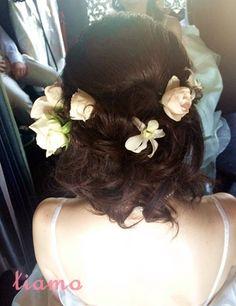編み込み♡小花のハーフダウンでウェディング♡ |大人可愛いブライダルヘアメイク『tiamo』の結婚カタログ|Ameba (アメーバ)