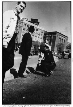 Dealey Plaza, after the assassination. Les Kennedy, Robert Kennedy, Jackie Kennedy, The Lone Gunmen, Dealey Plaza, Kennedy Assassination, Grace Slick, Jfk Jr, John Fitzgerald