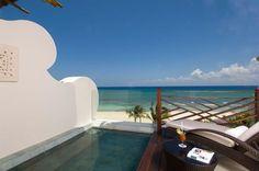 Наслаждайтесь видом на Карибское море с террасы вашего сьюта Grand Class…  http://rivieramaya.grandvelas.com/russian/