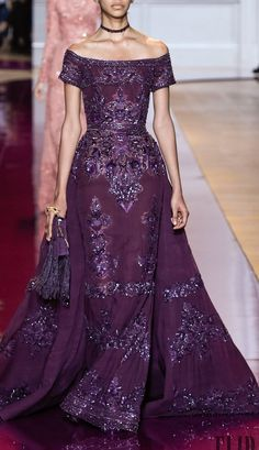 ZUHAIR MURAD FALL-WINTER 2016-2017. This dress is simple beautiful.