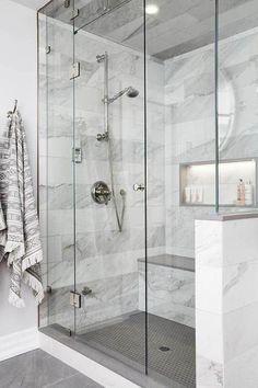 Bathroom Goals: 10 Amazing Minimal Bathrooms 2019 Minimal bathroom design The post Bathroom Goals: 10 Amazing Minimal Bathrooms 2019 appeared first on Bathroom Diy. Master Bathroom Shower, Minimal Bathroom, Bathtub Shower, Bathroom Mirrors, Bathroom Bin, Mosaic Bathroom, Brown Bathroom, Bathroom Showers, Marble Showers