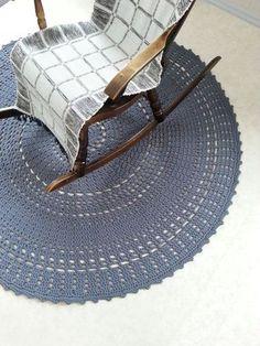 OHJE: Aada-matto Knit Crochet, House Design, Rugs, Knitting, Diy, Shops, Crochet Ideas, Home Decor, Green