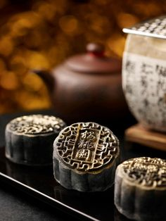 Bamboo Charcoal Snow Skin Mooncake with Chocolate Truffle and Oolong Tea Paste.
