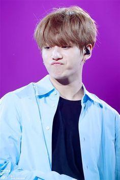 """""""Cậu út"""" của BTS cảm thấy không quen khi có ai đó gọi mình là """"anh""""."""