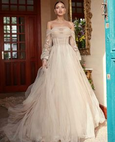 Galia Lahav Fall 2018 Florence by Night Couture Bridal Collection Out Magnolia by, a corseted ballerina in soft silk tulle, a draped corset and a sheer voluminous skirt. Fall Wedding Dresses, Bridal Dresses, Wedding Gowns, Dresses Dresses, Pretty Dresses, Beautiful Dresses, Mod Wedding, Summer Wedding, Wedding Ideas