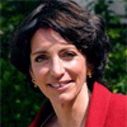 La ministre de la Santé, Marisol Touraine, veut rétablir le service public hospitalier (France)