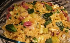 You& never really eaten macaroni before; this macaroni dish is fantastic! - Macaroni with bacon, peas and basil! This macaroni is slightly different from other macaroni& - Pasta Salad For Kids, Salads For Kids, Broccoli Pasta, Bacon Pasta, Pasta Dinner Recipes, Pasta Dinners, Salad Recipes Healthy Lunch, How To Cook Pasta, Casserole Dishes