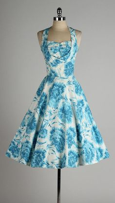 vintage 1950s dress . blue floral . by millstreetvintage on Etsy