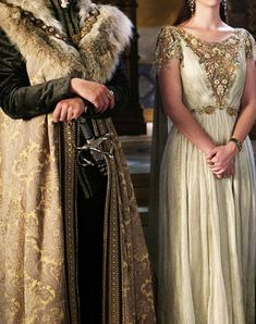 agameofclothes:  galaeriel:  இ  What Renly and Margaery would have worn to their wedding