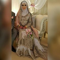 it is mi Pakistani Wedding Outfits, Muslim Brides, Pakistani Wedding Dresses, Bridal Outfits, Frock Fashion, Hijab Fashion, Niqab, Bridal Hijab Styles, Moroccan Bride