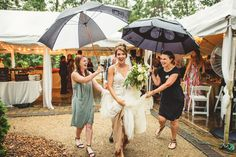 Having a planner can make even the most rainy wedding day perfect!  | Charlotte wedding, Charlotte wedding vendors, intimate, NC wedding, NC wedding vendors, Outdoor | Photographer @robpluskristen