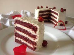 Vörös bársony torta recept - SüssVelem.com Cold Desserts, Pudding Desserts, No Bake Desserts, Vegan Desserts, Hungarian Cake, Hungarian Recipes, Sweet Recipes, Cake Recipes, Healthy Sweets