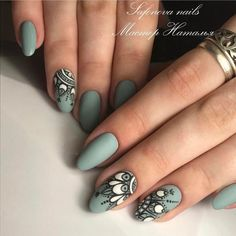 Nail art Christmas - the festive spirit on the nails. Over 70 creative ideas and tutorials - My Nails Love Nails, Pretty Nails, Fun Nails, Mandala Nails, Nail Decorations, Creative Nails, Matte Nails, Halloween Nails, Winter Nails
