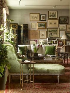 Color Outside the Lines: My 50 Favorite Living Rooms: Part One