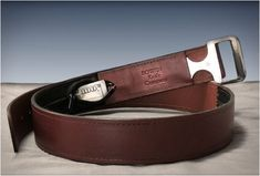 BOWEN BELT KNIFE Bowen Knife Company are selling this ingenious and stealthy combination of a knife buckle and leather belt. Most knives are annoying to conceal and carry around, this handy Belt Knife Buckle can quickly be removed from the leather belt sheath when called upon
