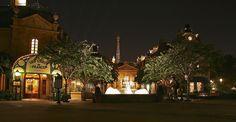 Walt Disney World - EPCOT - France at night