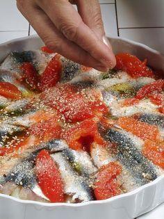 tortino-di-patate-e-acciughe foto Octopus Recipes, Cooking Recipes, Healthy Recipes, Calamari, Antipasto, Fish And Seafood, Good Mood, I Foods, Italian Recipes