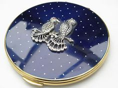 VINTAGE-KIGU-LADIES-COMPACT-TWO-MARCASITE-FAN-TAILED-BIRDS-amp-BLUE-POLKA-DOT-TOP