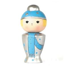 Momiji | Snowflake | snowflakes tumble and melting on my nosey. Likes: bob sleigh and pantomimes