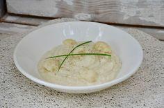 Purée de chou-feur Cauliflower Recipes, Mashed Potatoes, Ethnic Recipes, Food, Bouquets, Drinks, Vegetable Tian, Whipped Potatoes, Bouquet