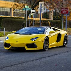 Lamborghini Aventador Roadster painted in Giallo Orion  Photo taken by: @fastnexotic on Instagram