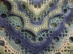 Lost in time shawl - free pattern