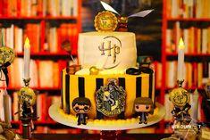 Bolo verdadeiro com tema do Harry Potter: 15 anos de Nicole Pontes