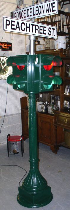 Massive cast iron four way street intersection traffic light - Fully Restored C. 1915 - Quite Rare - No yellow caution light! $4500