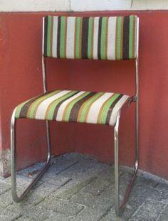 Stuhl im 70er Design Panton Ära Retro DDR Vintage Nostalgie