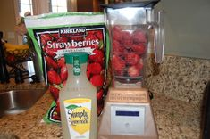 FROZEN STRAWBERRY LEMONADE: 4 cups frozen Strawberries, cups prepared bottled Simply Lemonade, Sweetener if desired. Blend in VitaMix. Fruit Drinks, Smoothie Drinks, Yummy Drinks, Healthy Drinks, Smoothie Recipes, Yummy Food, Drink Recipes, Smoothies, Summer Beverages