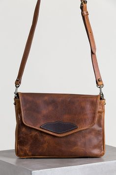 d3ba54e9b06 Santa Fe Bison Leather Crossbody Messenger Bag with Concealed Carry Pocket