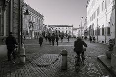 Piazza del Popolo in bainco e nero, Ravenna. Foto di Simone Masini.