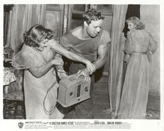 minor characters in a streetcar named desire