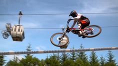 Madison Saracen Factory Race Team takes on UCI Mountain Bike World Cup at Fort William.   VIDEO: http://snip.ly/33q86.   RELATED: How to save energy while mountain biking - http://roa.rs/1iPoqCD.   #mountainbiking #uci #worldcup #mountainbike #mtb #fortwilliam #madisonsaracen #saracenbikes