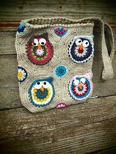 Ravelry: kabeltrui's owly bag $6   <3