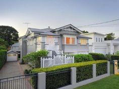 house colour - roof colour Roof Colors, House Colors, Colours, Queenslander, House Roof, House Exteriors, Exterior Colors, House Painting, Entrance